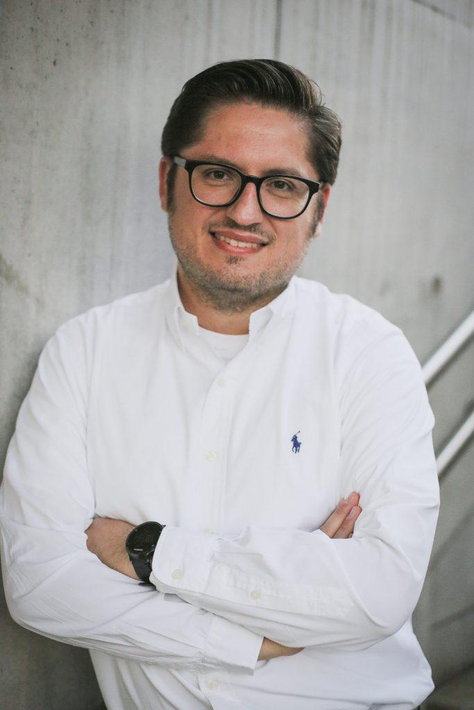 Dr. Frank Somogyi